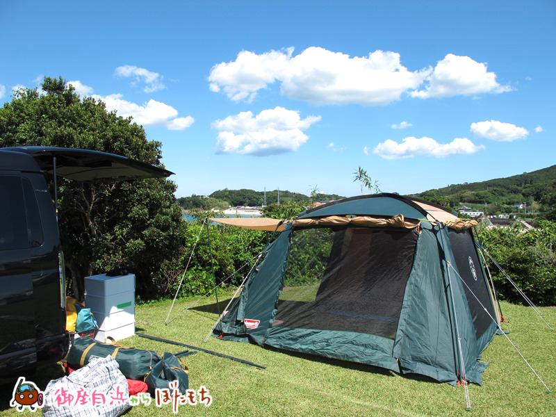 観光農園キャンプ村のキャンプサイト~御座白浜海水浴場もちらり~