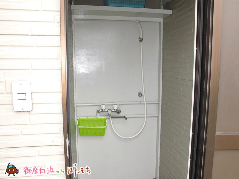 やまみオートキャンプ場の個室温水シャワー室